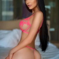 De Lux Agency - Escort Agencies in Kuwait - Sweet Karina