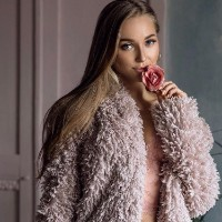Lux Models - Agentii de Escorte - Emma
