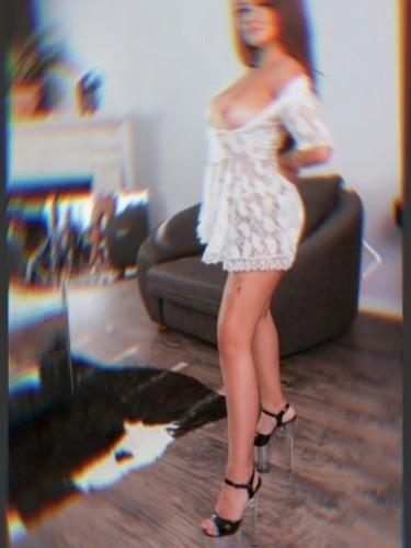 Teen Escort Elena - Photo: 6