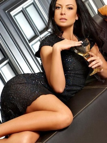 Teen Escort Marika in St Petersburg, Russia - Photo: 1