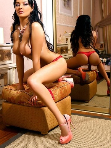 Teen Escort Anastasia in St Petersburg, Russia - Photo: 1