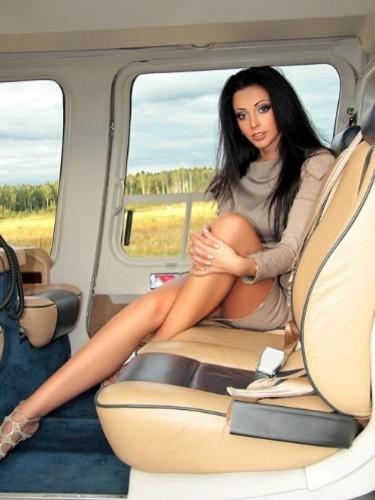 Teen Escort Belle in St Petersburg, Russia - Photo: 7